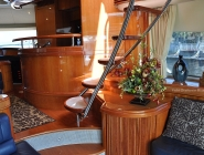 70 Azimut Spacious Salon