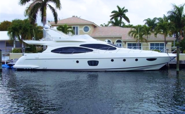 70 Azimut 2006 Luxury Yacht Rental in Miami